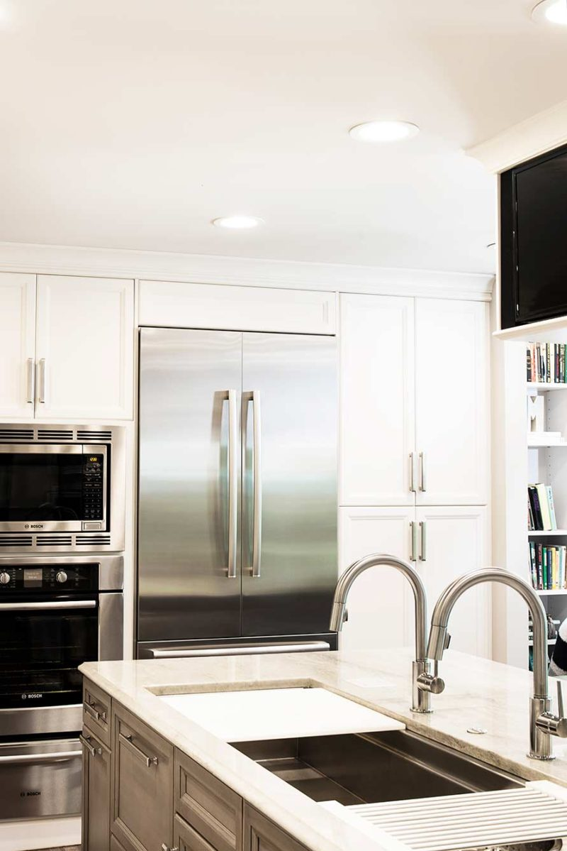 Cook, Eat, Watch 7 beautiful and functional kitchen with refrigeration and storage