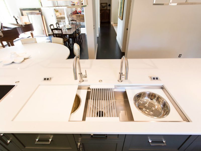 Tulsa kitchen remodel with large island, Galley Workstation large kitchen sink and plenty of seating space and quartz counters with Mockett power